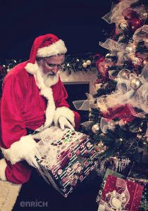 Santa-presents-enrich